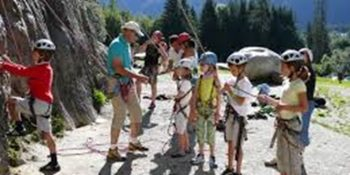 children_rock_climbing morzine